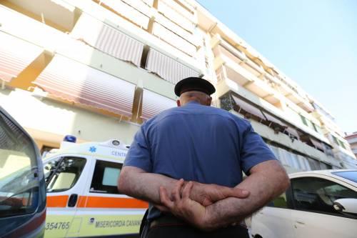 """Spara """"per gioco"""" all'amico: muore 20enne a Caserta"""