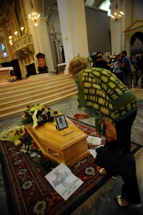 Fermo, i funerali di Emmanuel Chidi Namdi 14