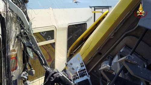 Lo scontro tra due treni in Puglia 9
