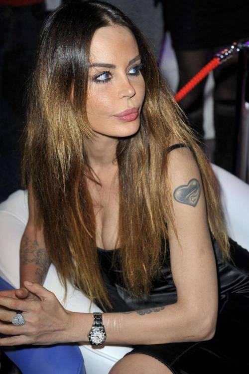 Nina Moric, le foto più sexy 48