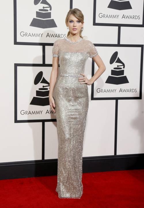 Taylor Swift: le foto e i look più sexy 34
