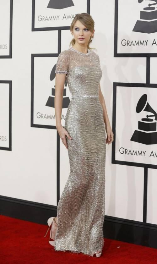 Taylor Swift: le foto e i look più sexy 37