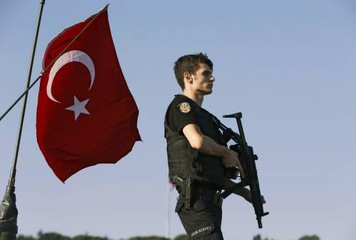 Tutte le decisioni di Erdogan che hanno fatto infuriare l'esercito