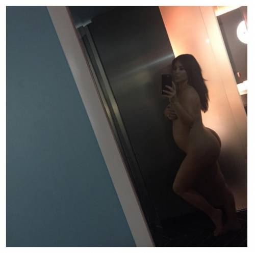 Taylor Swift VS Kim Kardashian: le foto 36