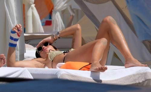 Elisabetta Gregoraci, super hot in bikini 6
