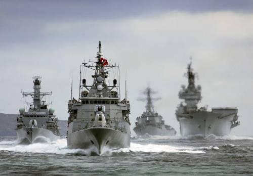 """Altra grana per Erdogan: spunta """"flotta fantasma"""""""