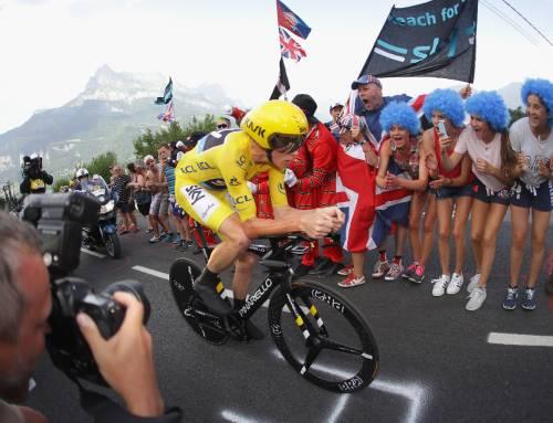 Froome è il padrone del Tour. Grande crono di Aru: è terzo