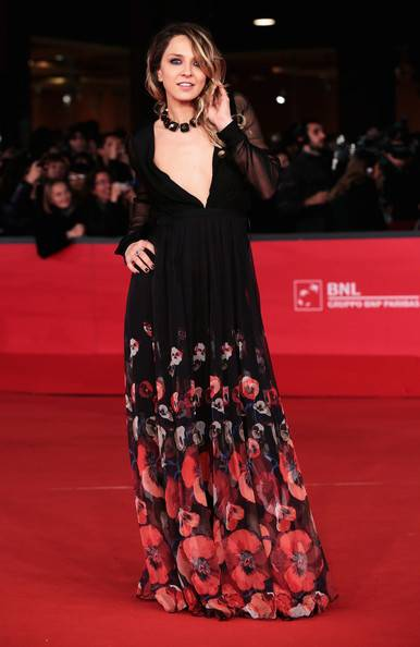 Myriam Catania, topless sexy: foto 7