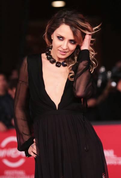 Myriam Catania, topless sexy: foto 11