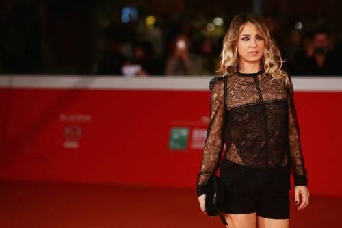 Myriam Catania, topless sexy: foto 4