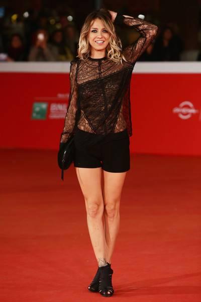 Myriam Catania, topless sexy: foto 18