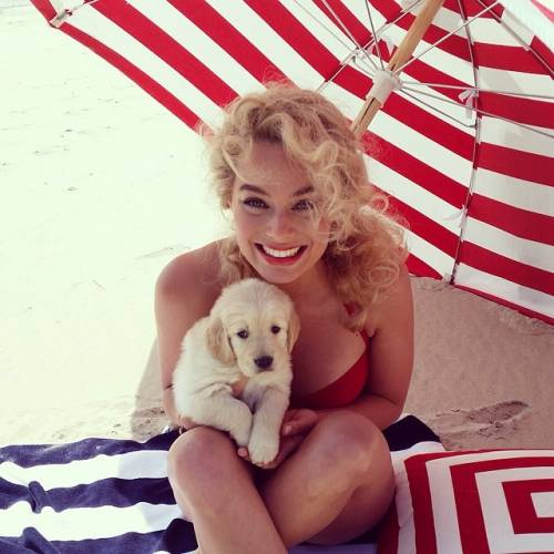 Cara Delevingne e Margot Robbie, le foto più belle 11