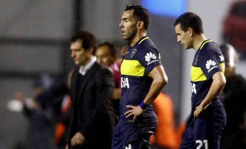 Tevez, infortunio durante una partita con i carcerati: Boca furioso
