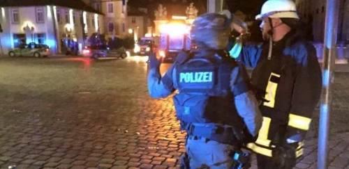 """Germania, esplosione in un ristorante: """"È stato un ordigno"""""""