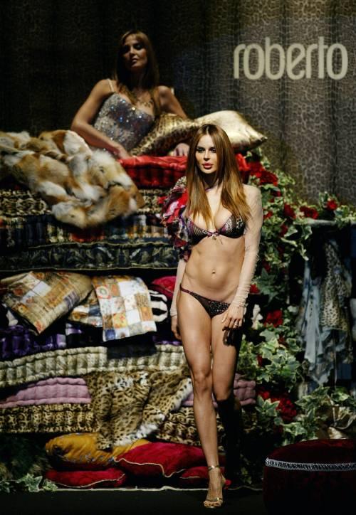 Nina Moric VS Fabrizio Corona: le foto 8