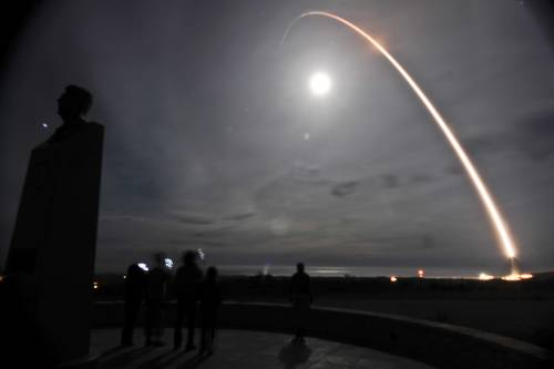 Stati Uniti, lanciato missile balistico intercontinentale