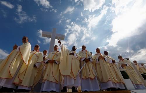 I giustificazionisti cattolici che non difendono il Natale