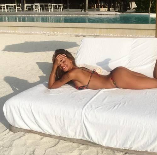Belen Rodriguez: le foto sexy del lato b 6