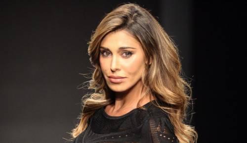 Belen Rodriguez, un'estate sexy e svestita  25