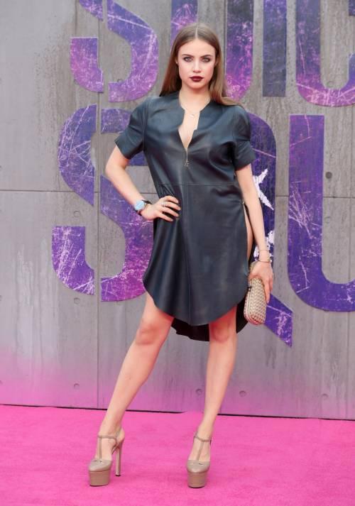 Scandalo sul red carpet di Suicide Squad: la modella Xenia è senza slip 5