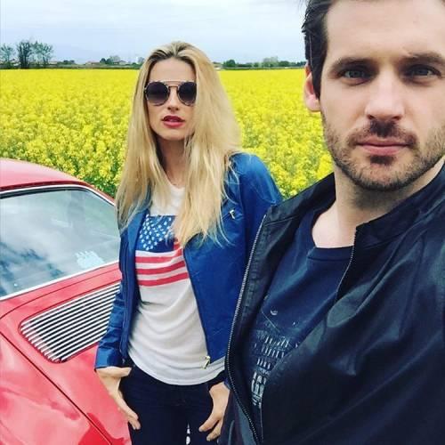 Michelle Hunziker in bici col marito Tomaso 6