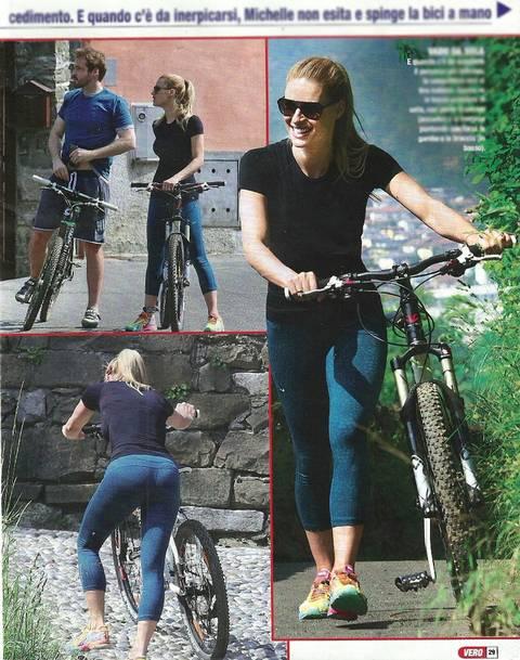 Michelle Hunziker in bici col marito Tomaso 4