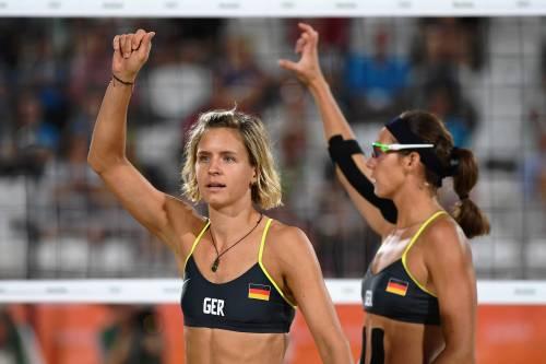 Beach volley, il confronto è culturale: il bikini tedesco e il velo egiziano 6