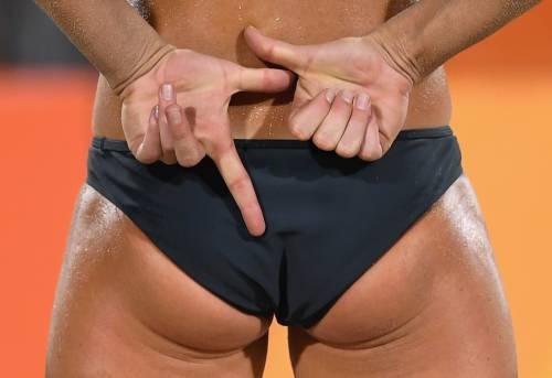 Beach volley, il confronto è culturale: il bikini tedesco e il velo egiziano 10