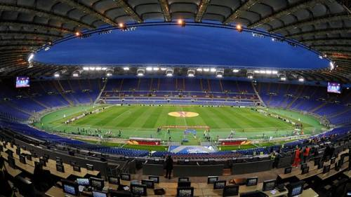 In Bosnia c'è uno stadio che ha un'area in Croazia. Per segnare ci vorrebbe il passaporto...