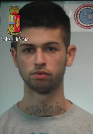 Milano, quattro in manette: hanno pestato a sangue uno studente 3