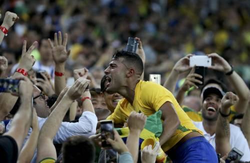 Rio, la gioia verdeoro per l'oro nel calcio 4