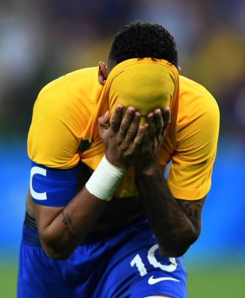 Rio, la gioia verdeoro per l'oro nel calcio 7