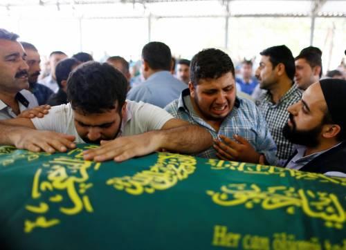 Gaziantep piange le vittime del terrorismo 6