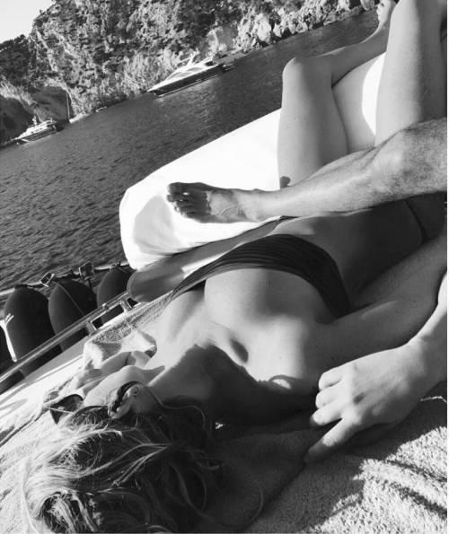 Alessia Marcuzzi, l'estate sexy 15