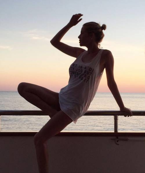 Alessia Marcuzzi, l'estate sexy 18