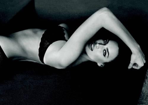 Irina Shayk nuda per GQ di settembre 6