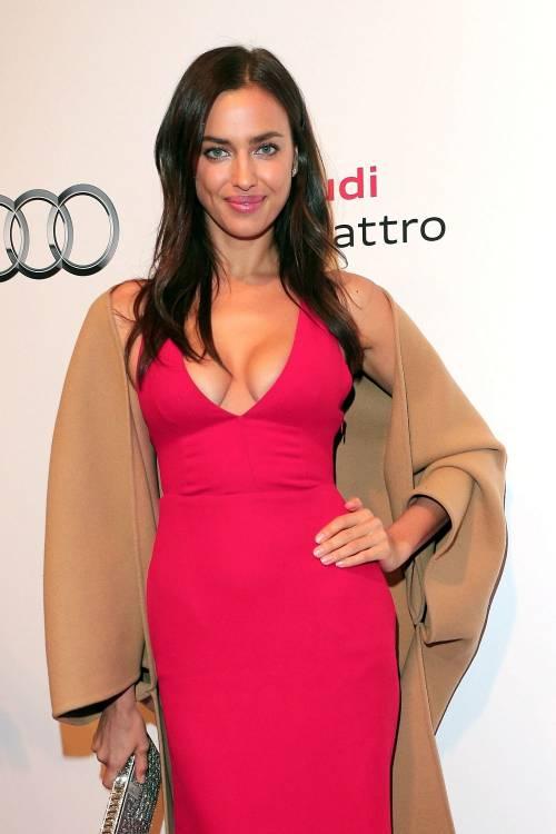 Irina Shayk nuda per GQ di settembre 16