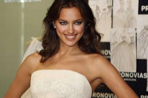 Irina Shayk nuda per GQ di settembre 19