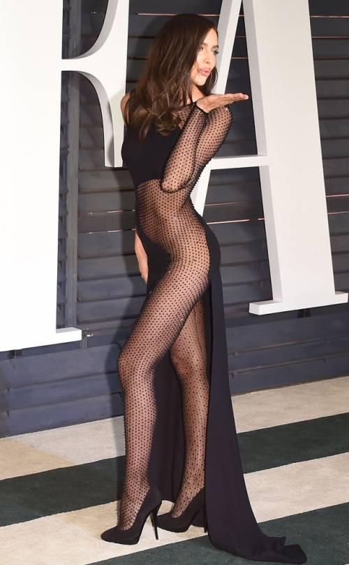 Irina Shayk nuda per GQ di settembre 22