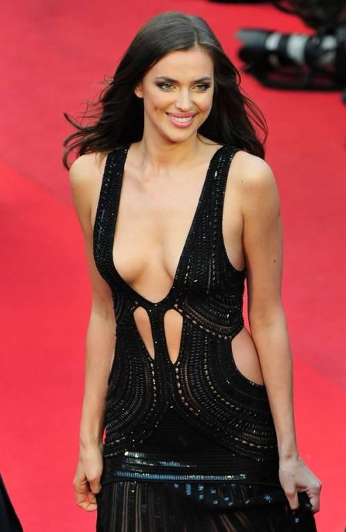 Irina Shayk nuda per GQ di settembre 25