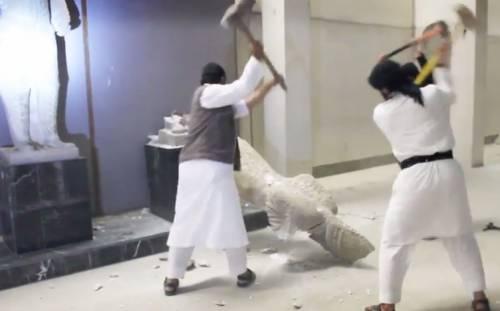La furia dell'Isis alla sbarra