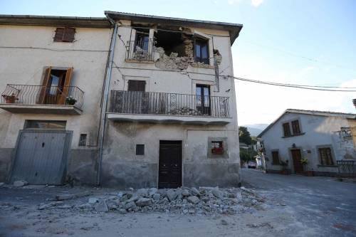 Lady Gaga per il terremoto: foto 10