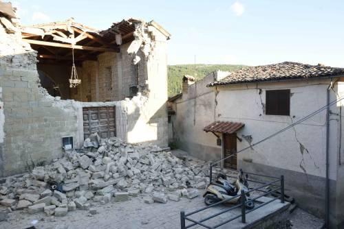 Lady Gaga per il terremoto: foto 20