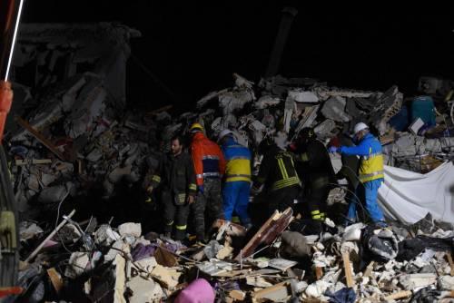 Lily Allen e il terremoto: foto 26