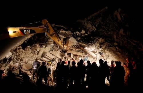 Lily Allen e il terremoto: foto 21