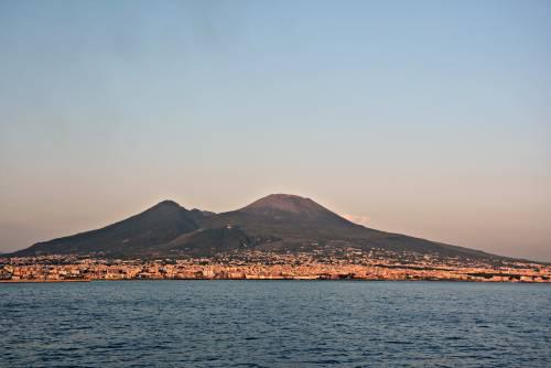 """Vesuvio, l'allarme degli esperti: """"Se erutta 600mila vittime in 300 secondi"""""""