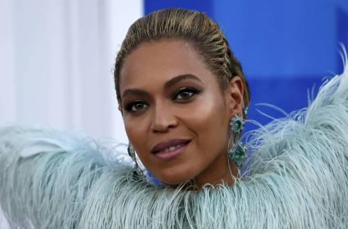 Beyoncé sexy nella performance agli Mtv Vma 1