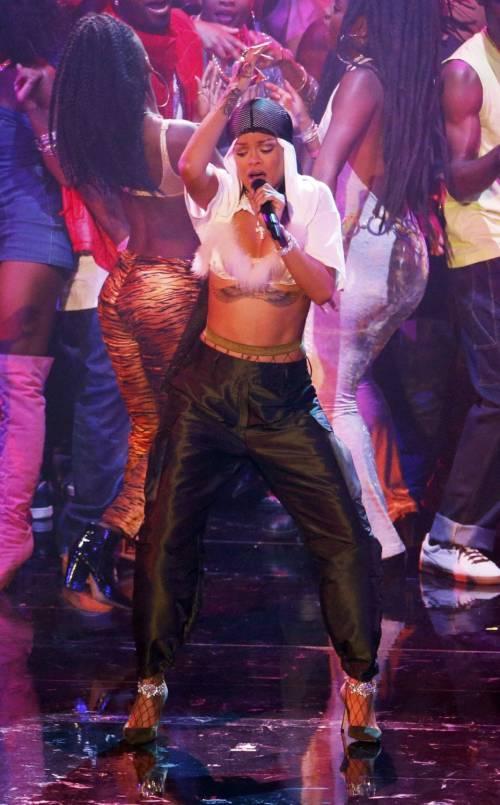 MTV VMA 2016: Drake e Rihanna, le immagini 5