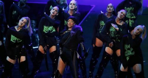 MTV VMA 2016: Drake e Rihanna, le immagini 11