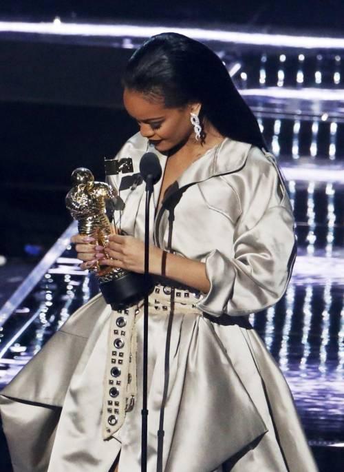MTV VMA 2016: Drake e Rihanna, le immagini 18